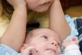 Säugling mit Geschwister